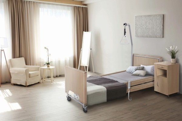 Pflegebett TekVor Care ECOFIT S PLUS Low mit Holzverkleidung