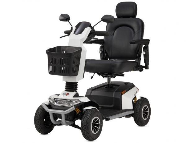 Elektromobil Bischoff und Bischoff Centuro S4